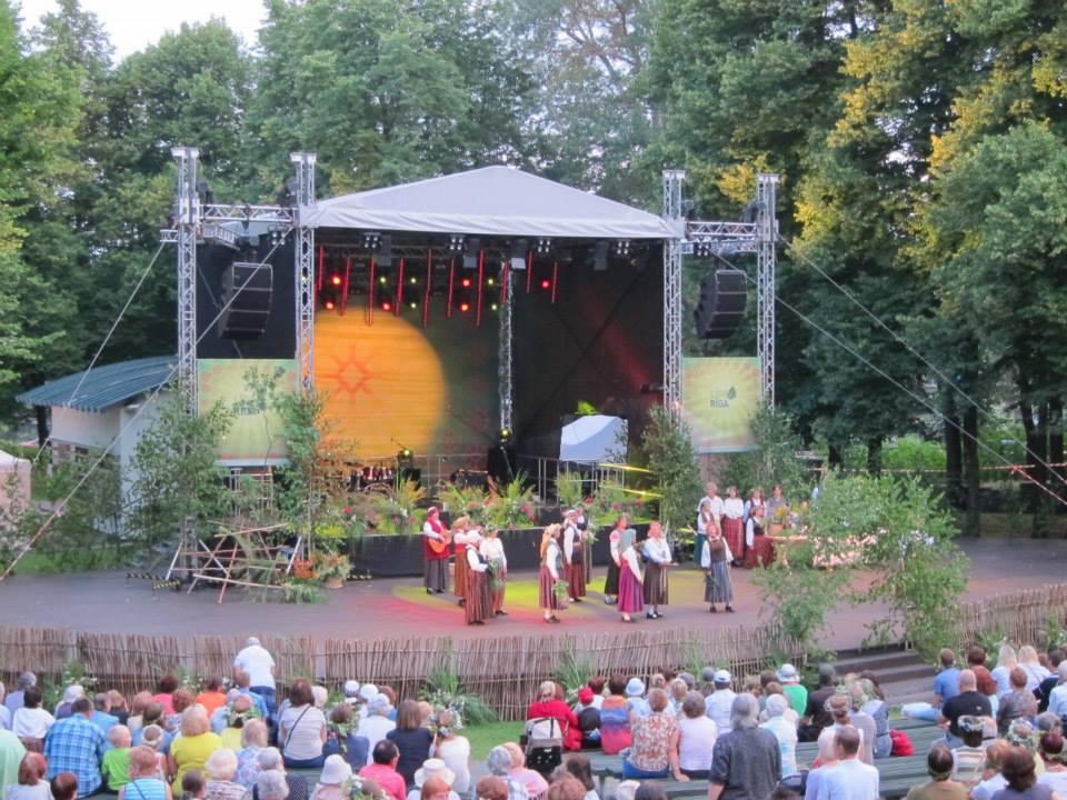 A Baltic Midsummer, Part 3: Dzeguzkalns