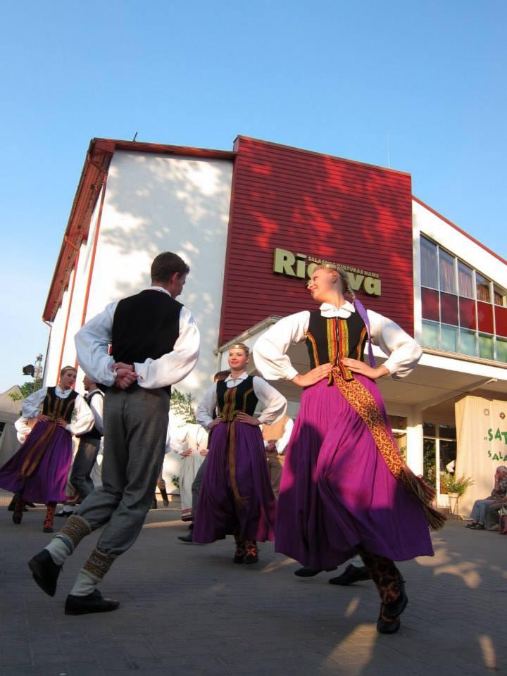 A Baltic Midsummer, Part 1: Salaspils