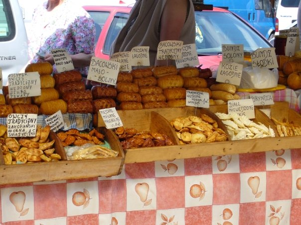 Polish street food oscypek
