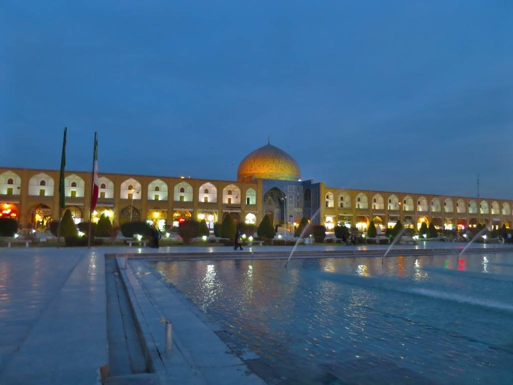 Our Reasonably-Priced Iran Itinerary