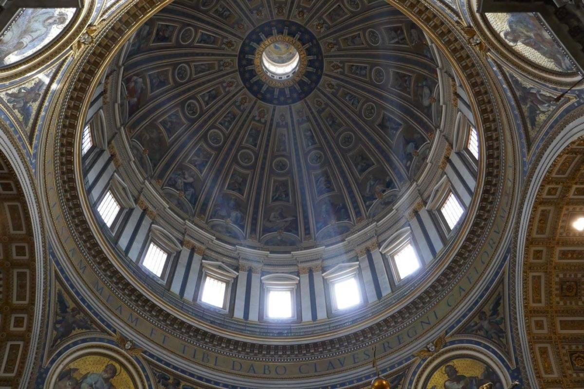 How to Queue Less and Get More out of St Peter's Basilica