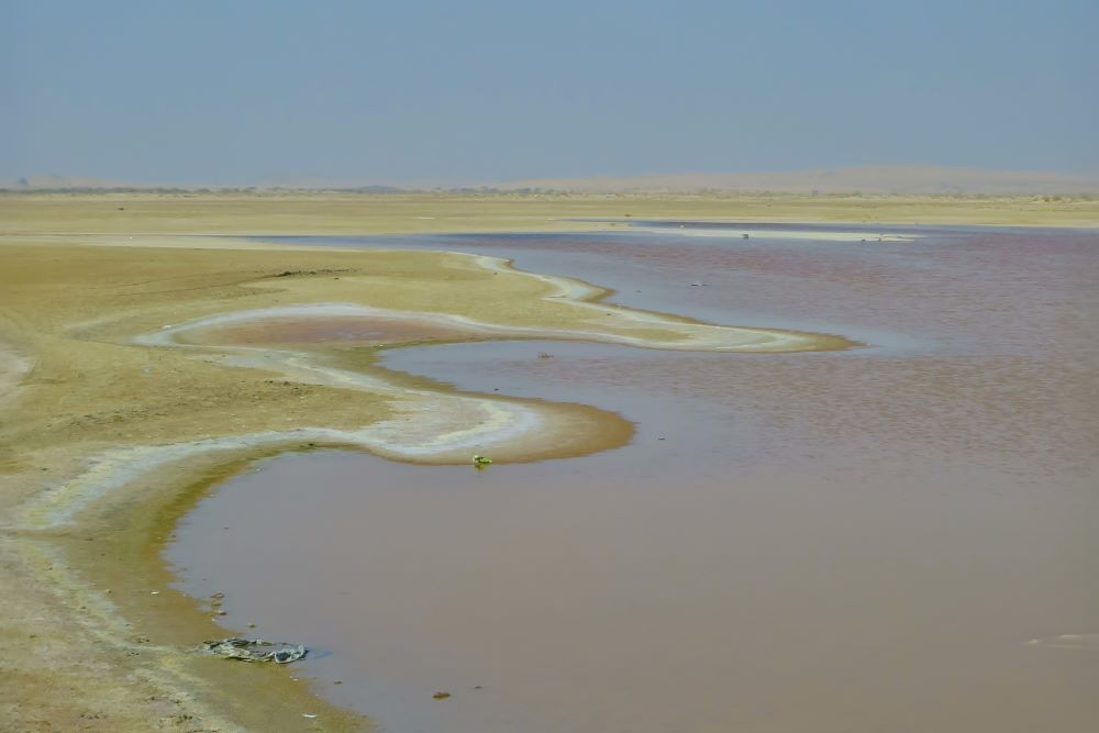 Oman road trip pink lake